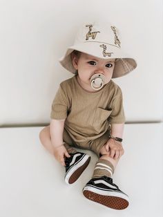 Baby Baby Baby Oh, Baby Love, Little Babies, Cute Babies, Baby Nursery Closet, Outfits Niños, Cute Baby Boy Outfits, Vans Kids, Dream Baby