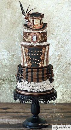 Многоярусный торт в стиле стимпанк