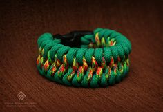 Mated snake paracord bracelet