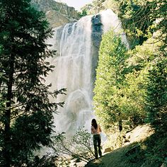 Sequoia and Kings Canyon wow spots | Kings Canyon: Grizzly Falls | Sunset.com | The 75-foot waterfall is at its best in spring, when the thunderous force is so strong you can feel the reverberations in your chest.