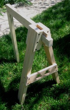 Trestles For Table Larp, Sawhorse Plans, Tent Camping, Campsite, Medieval Crafts, Medieval Furniture, Wooden Projects, Wood Construction, Picnic Table