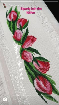 Barbara R.'s media analytics. Cute Cross Stitch, Cross Stitch Borders, Cross Stitch Rose, Cross Stitch Flowers, Cross Stitch Designs, Cross Stitching, Cross Stitch Patterns, Diy Embroidery, Cross Stitch Embroidery