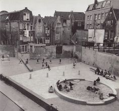 Aldo van Eyck – The Playgrounds and the City