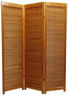Portable Outdoor Privacy Screens | Three Panel Wooden Shutter Screen in Honey Height: 5'