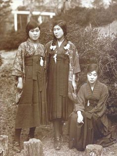 大正・明治期 女学生; Taisho and Meiji era schoolgirls (1910s-1920s)