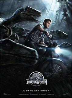 JURASSIC WORLD  L'Indominus Rex, un dinosaure génétiquement modifié, pure création de la scientifique Claire Dearing, sème la terreur dans le fameux parc d'attraction. Les espoirs de mettre fin à cette menace reptilienne se portent alors sur le dresseur de raptors Owen Grady et sa cool attitude.