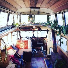 Volkswagon Van :: VDUB :: VW bus :: Volkswagen Camper :: The perfect vintage travel companion for the beach, surf, camping + summer road trips :: Free your Wild :: See more van travel style & inspiration Truck Camper, Camper Van, Diy Camper, Camper Life, Rv Campers, Camper Tops, Happy Campers, Van Life, Interior Flat