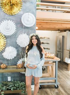 When Blogger Jenny Wu, of Good, Bad, & Fab, threw her own baby shower, we knew it would be something special! The metallic winter baby shower is covered in shining silver and gold and mixed with modern furniture and lounge vignettes.