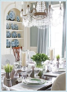 http://goodlifeofdesign.blogspot.com/2012/03/mother-nature-does-blue-and-white.html    BLUE AND WHITE INSPIRATION FOR EASTER