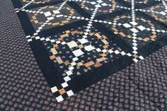 Tone it down quilt by Lisa Bongean / Primitive Gatherings.  APQ quilt along, Burgoyne Surrounded.