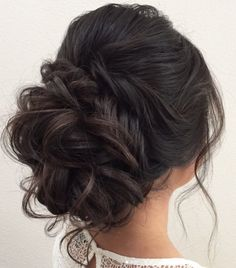 Coiffure De Mariage : Featured Hairstyle: Heidi Marie Garrett; www.hairandmakeupgirl.com; Wedding ha...