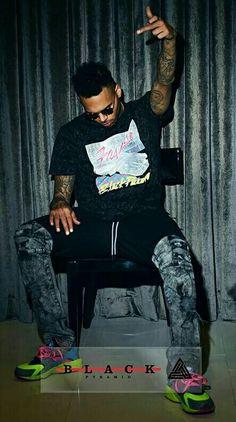 Party next door # brezzy Chris Brown Outfits, Chris Brown Style, Breezy Chris Brown, Trey Songz, Big Sean, Rita Ora, Ryan Gosling, Nicki Minaj, Chris Brown Wallpaper