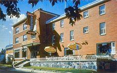 Ancien Hotel Château Roberval au 611 Blvd St-Joseph ( Aujourd'hui Immeuble a Logement)