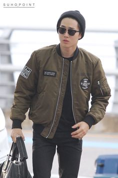 Incheon Airport to Shanghai 151024 : Suho