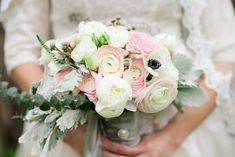 Pink, cream, and gray bridal bouquet | Vintage Pastel Wedding via @burnettsboards, pics by Vanessa Velez Photography