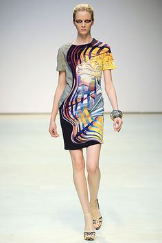 Mary Katrantzou Spring 2010 Ready-to-Wear