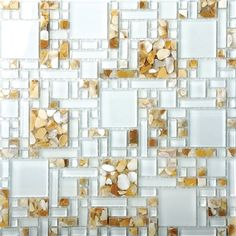 Da Everstone Brasil (www.everstonebrasil.com.br), as pastilhas de vidro e pedra fazem parte da linha Glass e têm origem australiana. A peça (30 x 30 x 0,8 cm) sai por R$ 186.