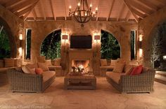 Sconces for Porch FRANK_SMITH_DESIGN_GOODWIN_CLASSIC_HOMES_BYRD_POOL_PAVILION_1