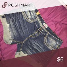 Bundle of four size 16 shorts Ladies Bundle of 4 size 16 shorts ...