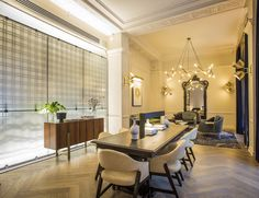 Nobody could ever accuse the Kimpton group of not throwing its weight behind Chicago. Located in the former New York Life Insurance Building – now practically dwarfed by the surrounding skyscrapers – the newly opened The Gray is the San Francisco-based...