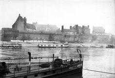 1912-Nantes le château et la Loire source Gallica
