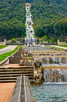 The Royal Palace (and gardens) of Caserta, outside of Naples. Beautiful World, Beautiful Gardens, Beautiful Places, The Places Youll Go, Places To See, Parvis, Palace Garden, Italian Garden, Southern Italy