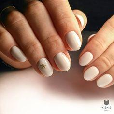 Little star accent nail art
