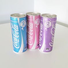 OMG colourful Coca - cola cans! I wouldn't even drink these just keep them in my room for ever (also I don't like Coca Cola anyways) Coca Cola Can, Unicorn Foods, Youtuber, Rainbow Food, Cute Desserts, Weird Food, Pretty Pastel, Aesthetic Food, Cute Food