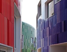 Ana García Sala's Children's Education Centre in Valencia. Ceramics, colour and creativity for sustainable architecture… Read more at: http://bit.ly/XmBmcj