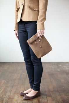 Brown bag it like the cool kids. Great for day outings with the girls!