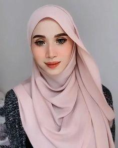 Modest Fashion Hijab, Stylish Hijab, Modern Hijab Fashion, Street Hijab Fashion, Hijab Fashion Inspiration, Muslim Fashion, Mode Inspiration, Casual Hijab Outfit, Hijab Fashion Style