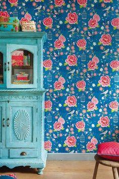 Pretty wallpaper from Pip-studio