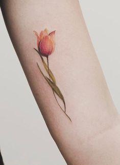 Mom Tattoos, Body Art Tattoos, Small Tattoos, Tattoos For Guys, Tattoos For Women, Tatoos, Flower Tattoo Designs, Tattoo Designs For Women, Flower Tattoos