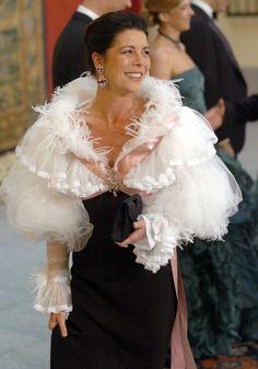 Carolina de Mónaco, con un Chanel Couture, en la cena de gala previa al enlace entre el príncipe Felipe de Borbón y Letízia Ortíz (España)
