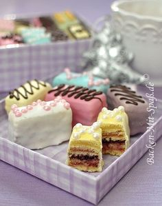 Petits Fours I wanna make these one day