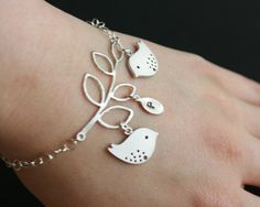pretty birdie bracelet to match my pretty birdie necklace!