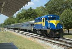 Heart of Georgia diesel pulling the Sam Shortline train between Cordele and Plains, GA