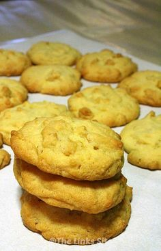 This recipe for Golden Cornflake Cookies takes me back to my childhood. I used to love these as a kid – I love them now too!