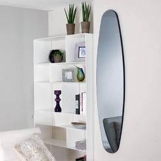 Attrayant This Large Oval Shaped Mirror Will Be A Great Addition To Any Room It Is  Placed