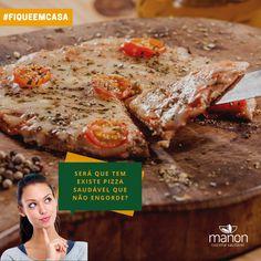 Que delicia!!! Poder comer uma pizza saudavel e gostosa. Nossa pizza é feita com farinha de amendoas ,recheada com queijo muçarela lacfree e mini tomates.  MINI PIZZA LOWCARB DE MUÇARELA LACFREE  #manonsaudavel #lowcarb #comidasaudavel #cozinhasaudavel #alimentacaosaudavel #momentomanon #recife #jaboataodosguararapes Mini Pizzas, Breakfast, Food, Healthy Pizza, Almond Meal, Recife, Cheese, Tomatoes, Morning Coffee