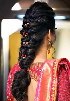 A Flowy Messy Fishtail Braid Hairstyles Ideas 2019 - fishtail Braids A Flowy Messy Fishtail Braid Hairstyles Ideas 2019 - TechUve Photos # indian Hairstyles Box Braids Hairstyles, Quick Braided Hairstyles, Saree Hairstyles, Fishtail Braid Hairstyles, Indian Bridal Hairstyles, Braided Hairstyles For Wedding, Bride Hairstyles, Bridal Hairstyle Indian Wedding, Open Hairstyles