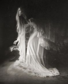 Welcome to Wicca Now lovelies! Join us on our journey as we explore the wonderful world of Wicca. Dark Art Photography, Artistic Photography, Landscape Photography, Portrait Photography, Ethereal Photography, Wicca, Tableaux Vivants, Witch Aesthetic, Dark Beauty