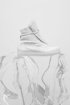 These remind me of a Ninja so they are called the Ninja shoe haha #Taeyang #MusicExperiment #PleaseGottaWin