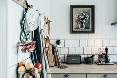 my scandinavian home: The lovely Swedish home of Johanna Bradford Rustic Kitchen, New Kitchen, Kitchen Dining, Kitchen Ware, Vintage Kitchen, Kitchen Ideas, Home Design, Interior Design, Swedish Interiors