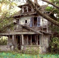 Love this abandoned house