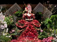 """Macy's took first place in the Windows: Event category for """"The Seven Wonders of Spring, Flower Show 2008"""" at its Herald Square flagship in New York. Photography: Richard Cadan, Brooklyn, N.Y.View Image Details"""