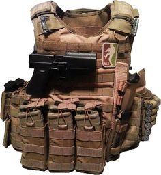 8 mags, 2 extra pistol mags, 10 shotgun shells, a Gerber combat knife, and a Glock. Whoever owns this is ready for anything.