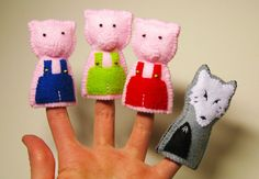 Three Little Pigs - felt finger puppets.