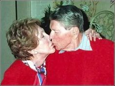 Former US President Ronald Reagan is kissed by his wife Nancy at their Bel-Air home in Los Angeles, 06/02/00 on Reagan's 89th birthday. Medical / last public photo