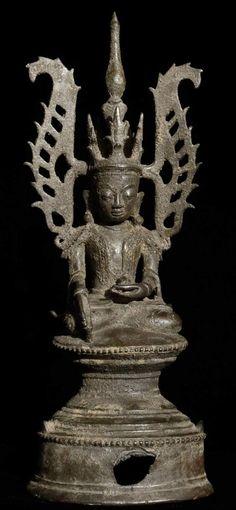 Antique Shan Buddha Material: Bronze 25 cm high Shan (Tai Yai) style Bhumisparsha Mudra 17-18th century Originating from Burma